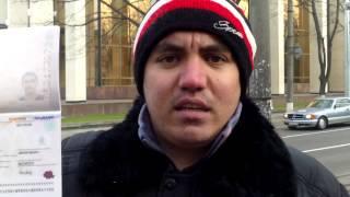 Protesta la parlament cu pașaportul roșu, biometric