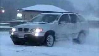 BMW X5 In The Snow
