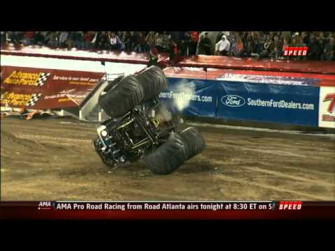 2012 Monster Jam Neil Elliot BEST FREESTYLE EVER