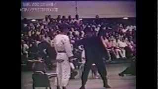 Bruce Lee One Inch Punch (rare Footage)