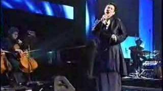K.D. Lang Sings Leonard Cohen's Hallelujah, Live