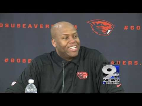 Michelle obama 39 s brother craig robinson fired as oregon state
