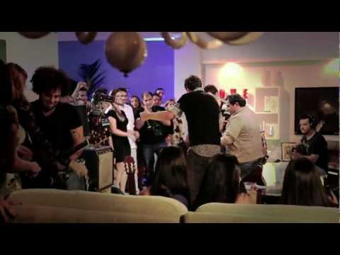COLO COLO - Joo Bosco e Vinicius part. Avies do Forr - DVD A FESTA - Clipe Oficial