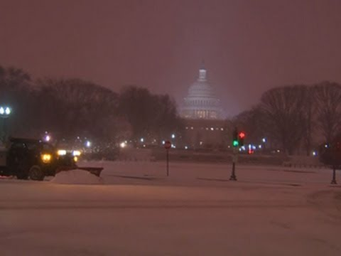 Winter storm shuts down federal government, Washington, D.C.
