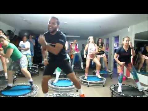 Aula de Jump - Música: Dance mais um pouco - Prof. Eric Jefferson, Brasília/DF