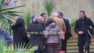بالفيديو..رفاق الزفزافي كيدخلو ويخرجو فالهضرة منين تعرضات عليهم أشرطة خطيرة فجلسة المحاكمة |