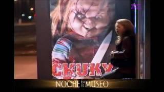Mania De Humor PEGADINHA CARTAZ DO BONECO CHUKY BRINQUEDO