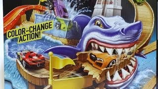 2014 COLOR SHIFTERS HOTWHEELS TRACK SHARK PORT SHOWDOWN