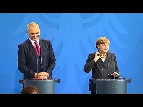 Kancelarja Merkel: Statusin do e shohim me pozitivitet. Brenda vitit në Tiranë