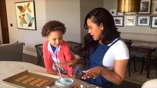 How to Make Adorable, Edible Graham Cracker Oceans with Your Kids