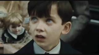 The Boy In The Striped Pajamas (trailer)
