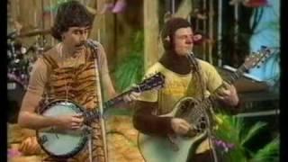 Banankontakt Lyrics & Tabs by Electric Banana Band
