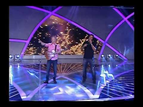Raul Gil (21/12/13) - Victor e Leo cantam o novo sucesso ´Linha do Tempo´