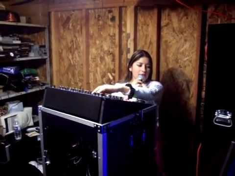 LA PRIMER MUJER SONIDERA  SONIDO CANELA EN VIVO   sonidocanela01@yahoo.com