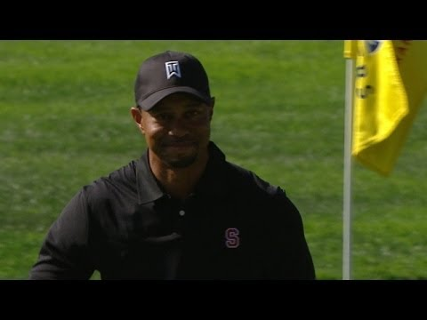Tiger Woods holes out to save par at Farmers