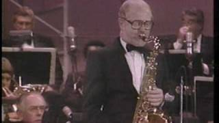 "Henry Mancini Live ""The Pink Panther Theme"" With Don Menza"