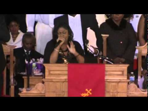 Whitney Houston Trauerfeier in Newark / LIVE: Whitney Houston's final farewell