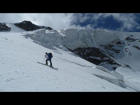Ascensiones en Adyr-Su, incluida la travesía entre los valles de Adyr-Su y Adyl-Su pasando por el Collado Gumachi