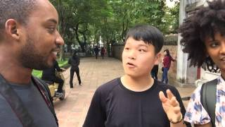 Korean kid gets surprised by a foreigner speaking Korean to him in Vietnam