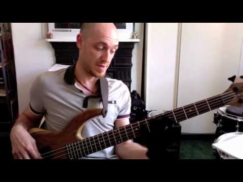 "BASS SOLOING -II V I"" Part 1 - BASS LESSON with Scott Devine"