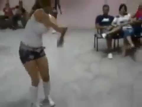 Apaçi Dansı