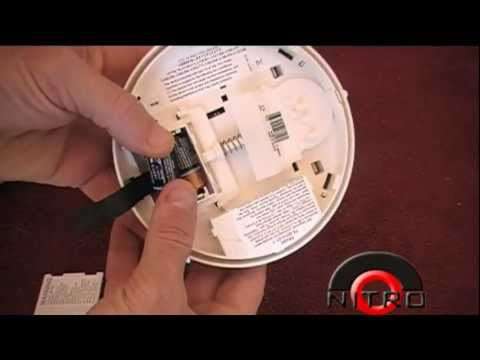 simon xt smoke detector battery replacement youtube. Black Bedroom Furniture Sets. Home Design Ideas