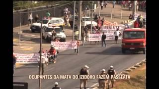 Ocupantes da Mata do Izidoro fazem passeata em Belo Horizonte