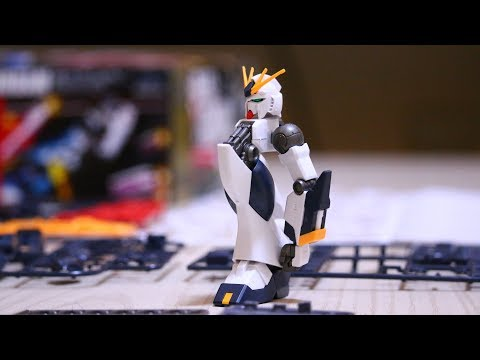Gunpla stop motion assembly of the Nu Gundam