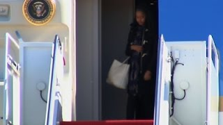 Raw: First Family Arrives Home from Holidays