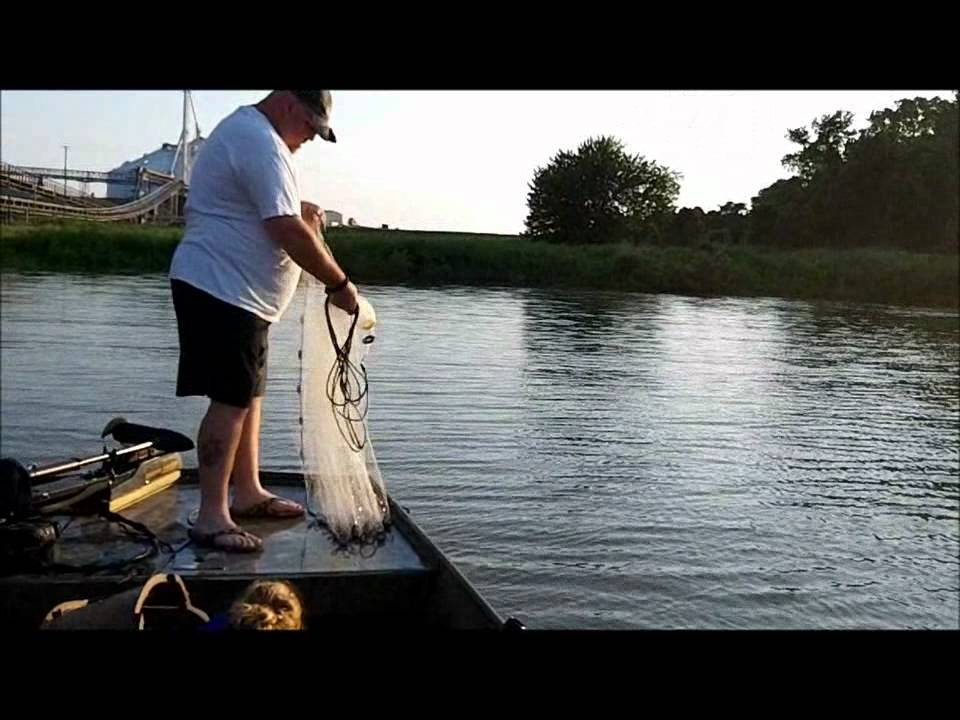 Jugging for catfish youtube for Jug fishing for catfish