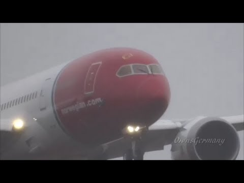 4th Norwegian 787 Heavy Rain Missed Approach & Full Landing Test Flight