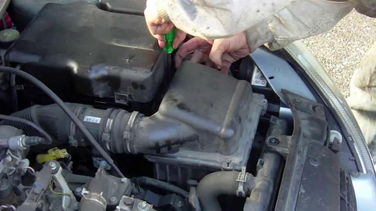 cambio sostituzione tutti i filtri gasolio cabina