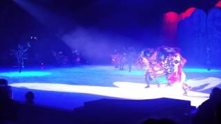 Disney on ice snow white part1