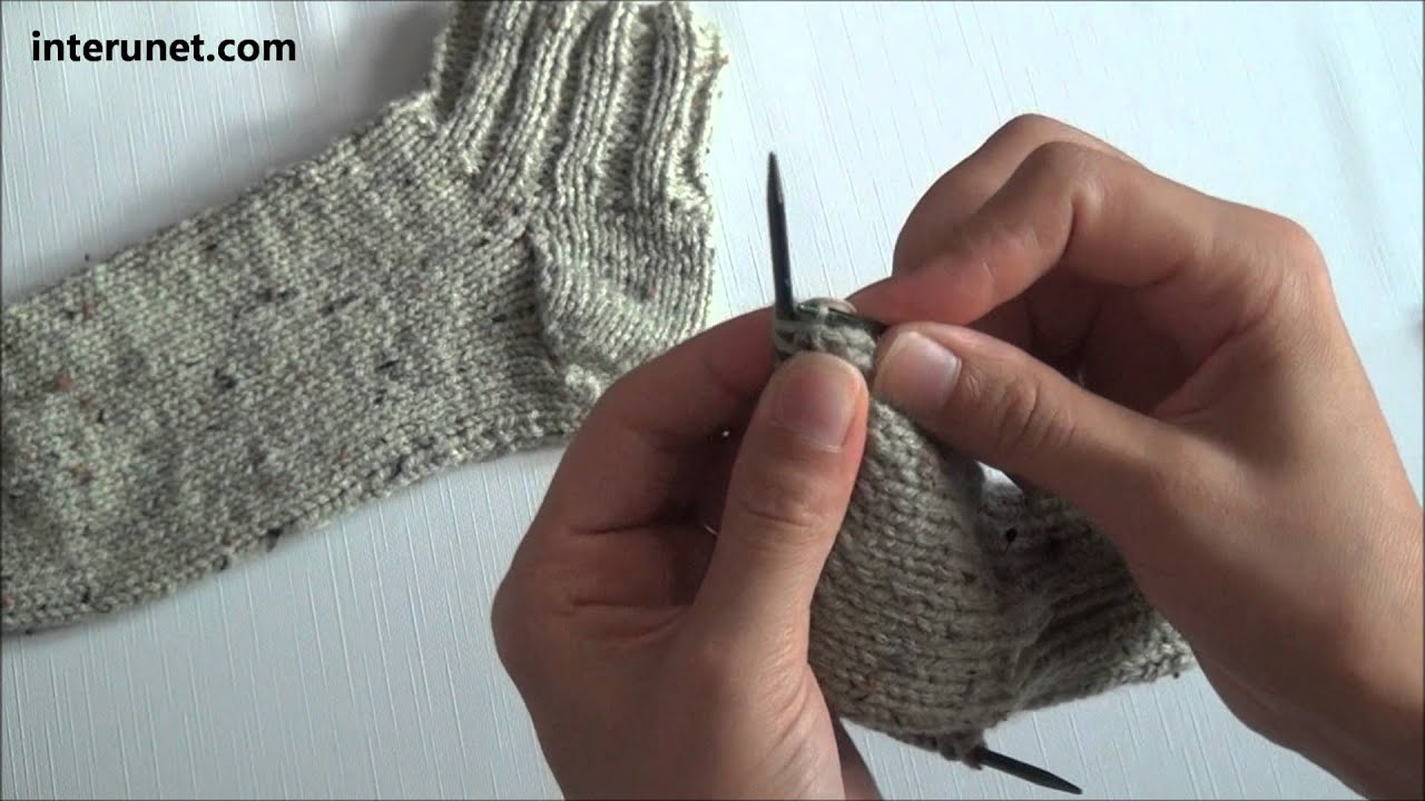 How to knit socks - video tutorial - YouTube