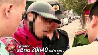Cảnh sát 141 còng tay, áp giải shipper vận chuyển 'hàng cấm' về 'đồn'   Kỹ năng sống 2019