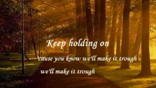 Keep Holding On Avril Lavigne (Lyrics)