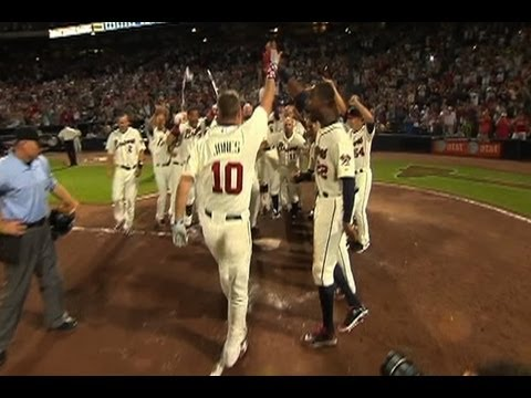 Braves show highlights from Chipper