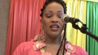 Oumou Sow Et Viviane Chidid