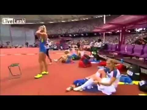 Atleta tira a calcinha durante competição nas Olimpiadas de Londres 2012