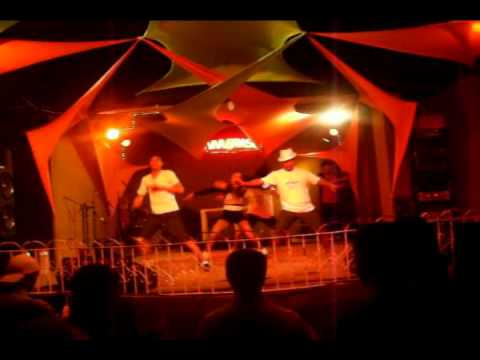 Cia Stars Dance no Viva Brasil dia 09-10-2011 (Parte 3) Pancadão - Axé Blond