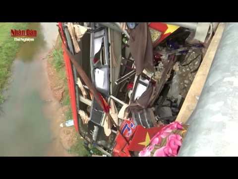 Tai nạn giao thông ở Quàng Bình đầy nghiêm trọng | Tin trong ngày