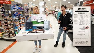 Anything My GIRLFRIEND Can Carry, I'll Buy It Challenge!