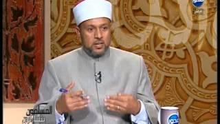 المسلمون يتساءلون | ما هو حكم الصلاة او الدعاء عند المساجد التي بها قبور