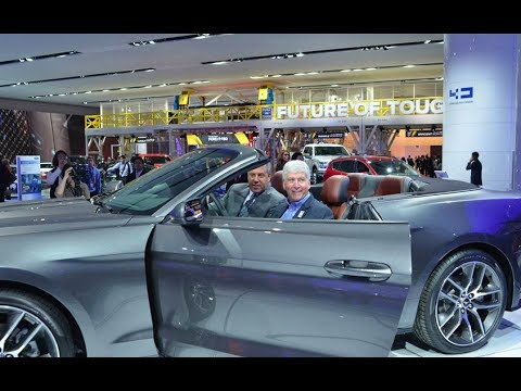 Governor Snyder Visits the North American International Auto Show in Detroit