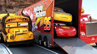 Lightning McQueen CHALLENGES Miss Fritter to a real Race - WINNER GETS BUNCH OF OIL Disney Cars 3
