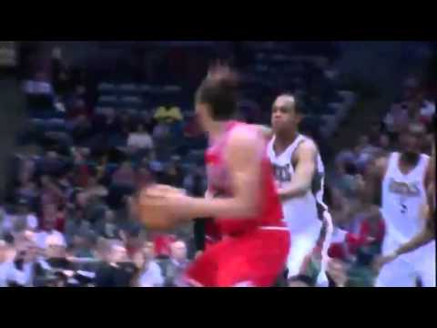 Joakim Noah KILLER PLAY    Chicago Bulls vs Milwaukee Bucks   December 13  2013   NBA 2013 14 Season