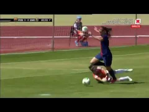 Aksi Skill Dribbling Pemain Bola Wanita Barcelona