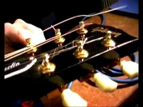 Changer les cordes d'une guitare électrique