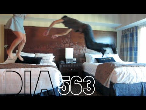 PRIMERA VEZ EN EL HOTEL DISNEY! (10/22/14)