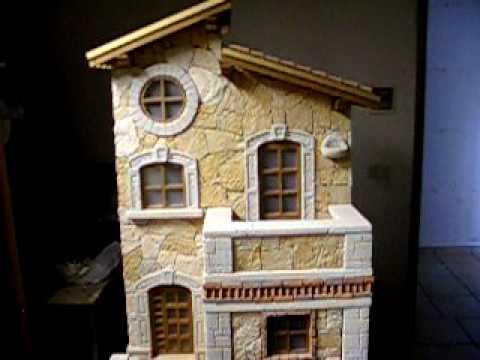 Casetta in miniatura da giardino in fase di costruzione - Giardino in miniatura ...